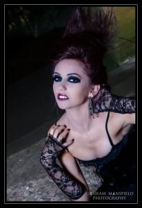 Ellie-Vamp--2